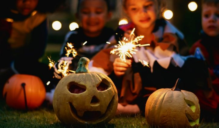 Half Term Pumpkins Sparklers Children Kids Fun Things To Do Hampshire