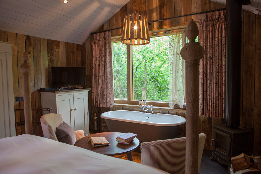 The Forest greenhouse restaurant pig hotel brockenhurst room bath