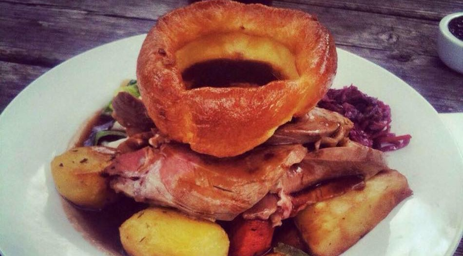 willow tree roast dinner hampshire isle of wight sunday lunch