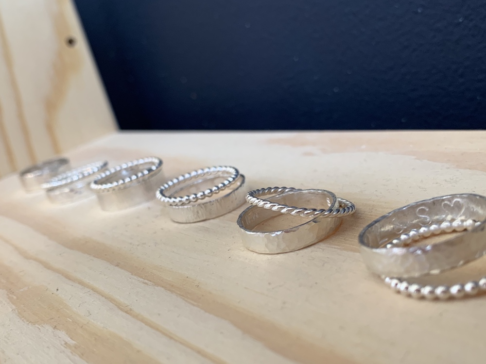 Jewellery Moves Rings