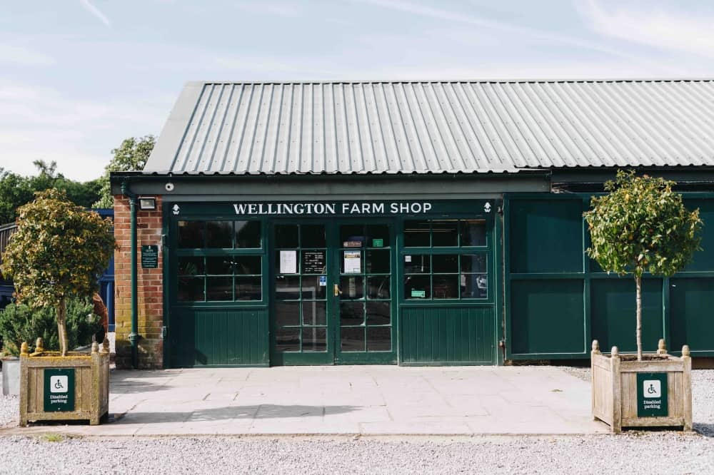 Wellington-Farm-Shop-Outside