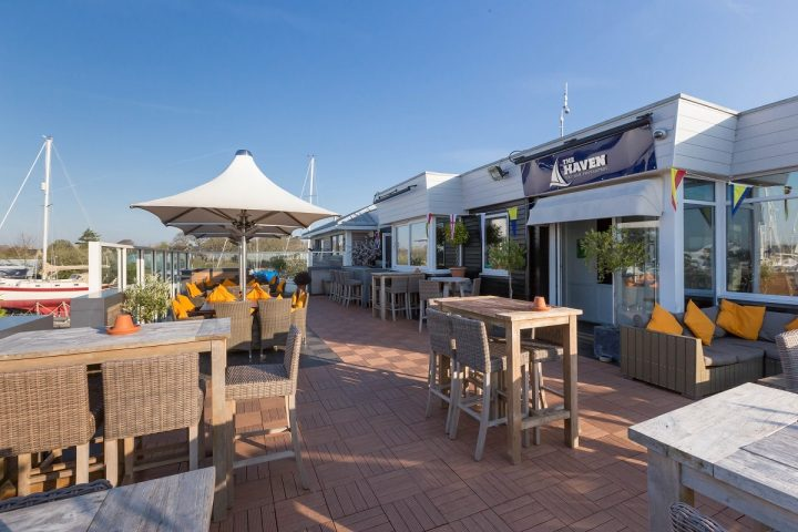 the-terrace-haven-bar-lymington