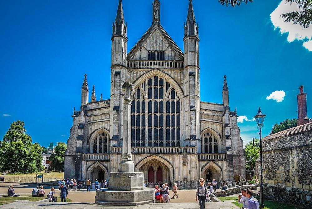 Winchester Cathedral picnic spots Hampshire