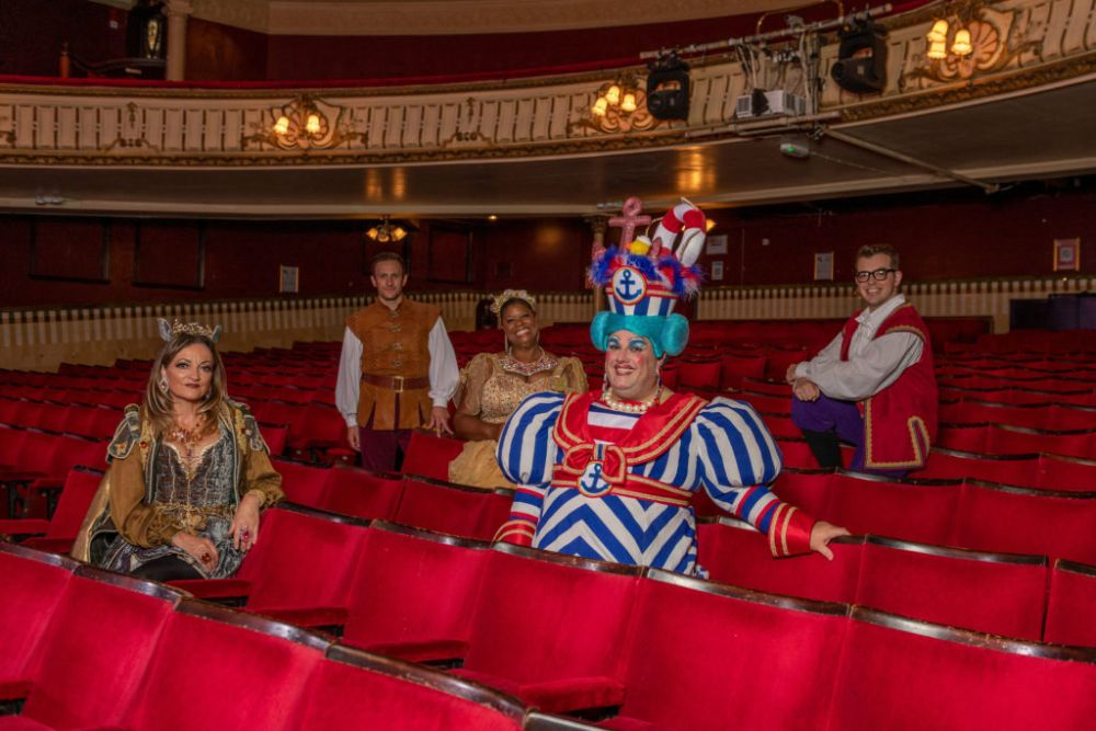 Kings Theatre Portsmouth Dick Whittington
