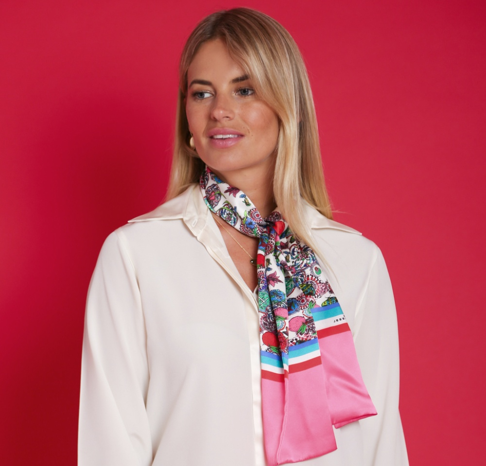 Silk scarf Cleverly Wrapped